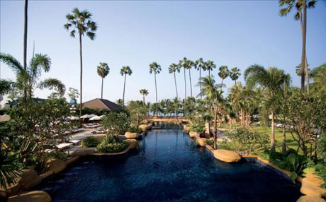 Jomtien Palm Beach Hotel & Resort .